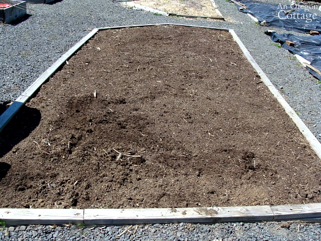 easy potato planting-prepping bed