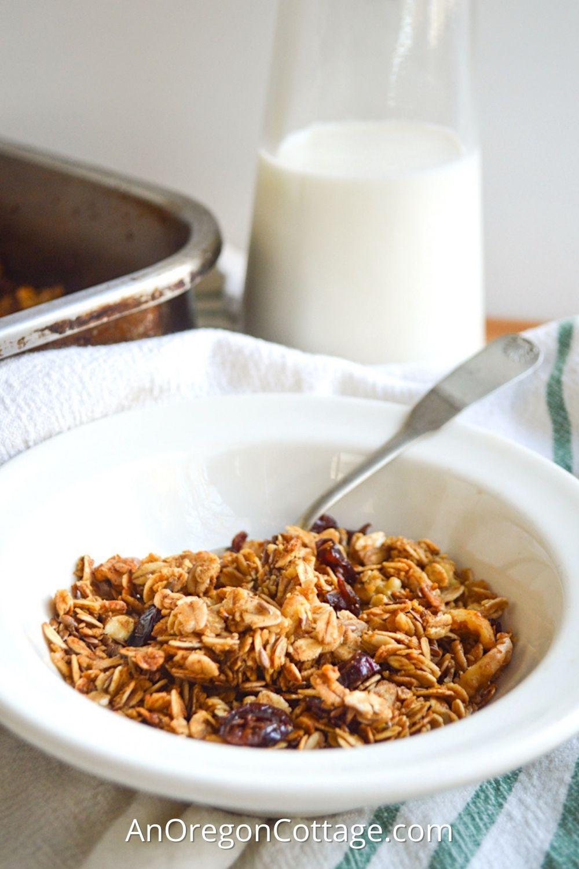 pantry basic granola_featured