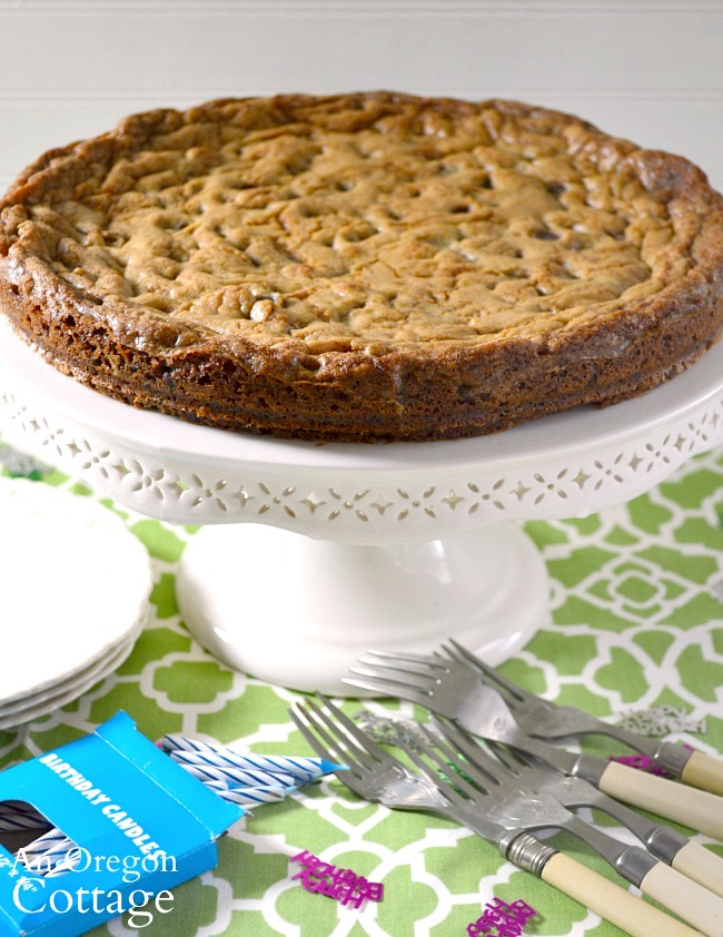 Giant Chocolate Chip Cookie with no writing