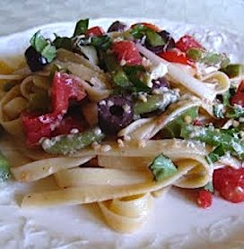 Summer pasta salad with tomatoes