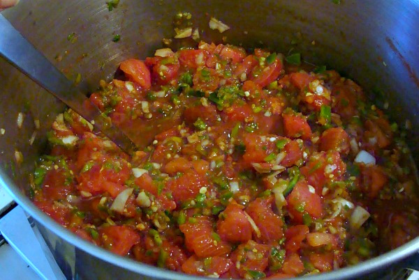 Favorite salsa for canning-cooking salsa