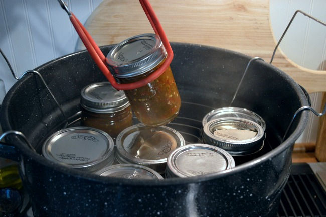 Water bath Canning tutorial-removing jars from canner