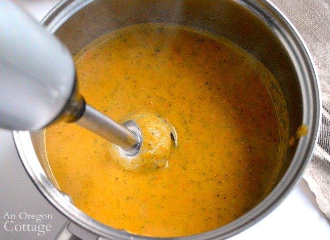 Blending Lemon Garlic Roasted Vegetable Soup