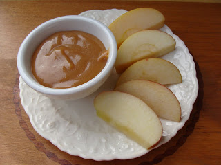 homemade-caramel-apple-dip