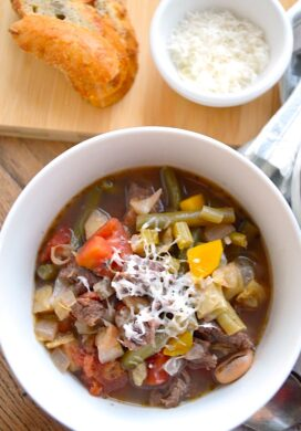 Slow Cooker Italian Vegetable Beef Soup in bowl
