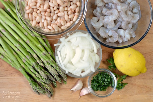 Shrimp and Asparagus over White Bean Puree ingredients