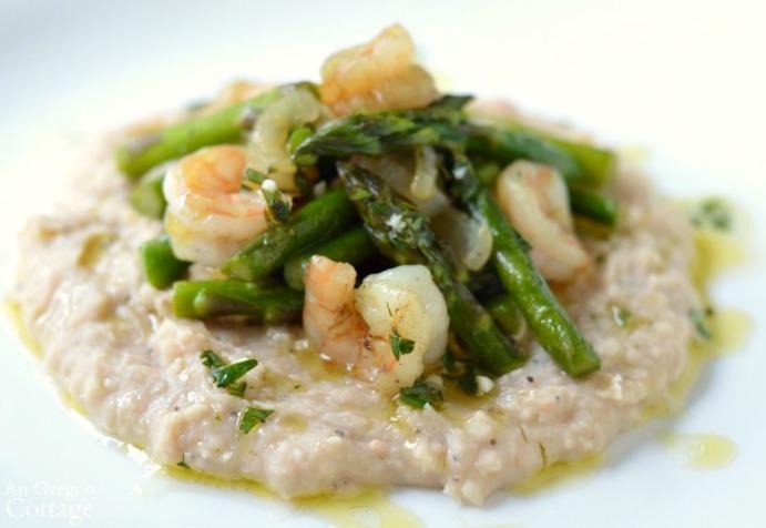 Shrimp and Asparagus over White Bean Puree