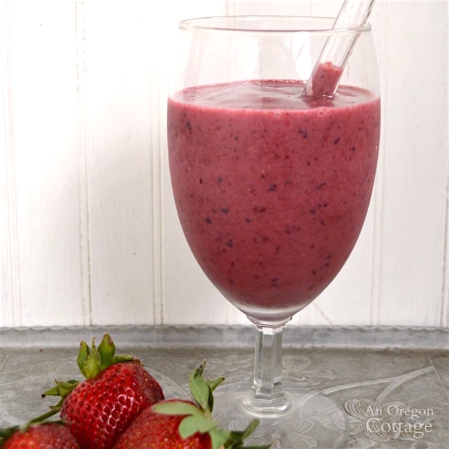 Berry smoothie made with frozen fruit