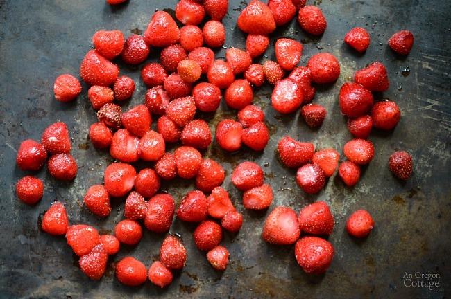 Freezing strawberries on baking sheet