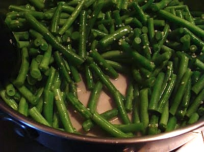 garlic green beans cooked