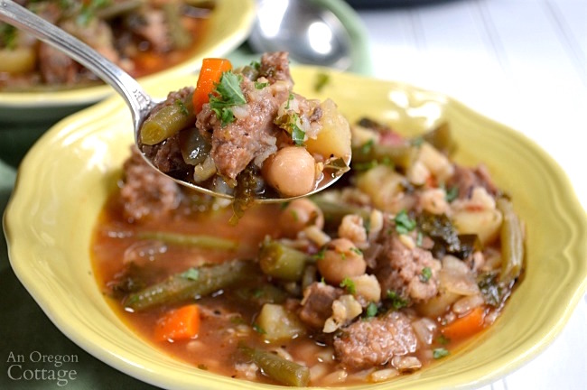 Slow Cooker Italian Sausage Vegetable Soup