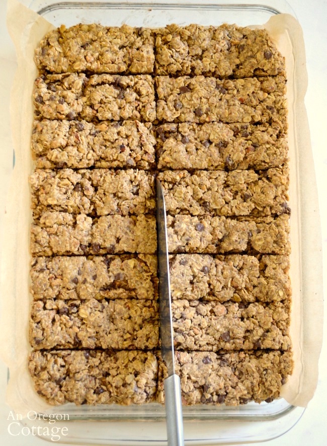 Scoring baked granola bars
