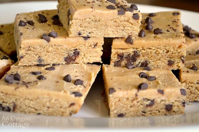 Whole grain chocolate chip peanut butter blondies