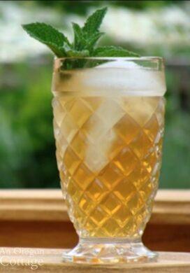 Oregon Sun Tea in glass