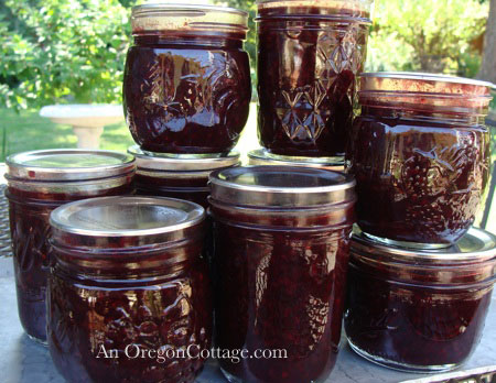 canned low sugar berry syrup