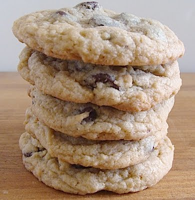 The BEST Whole Grain Chocolate Chip Cookies