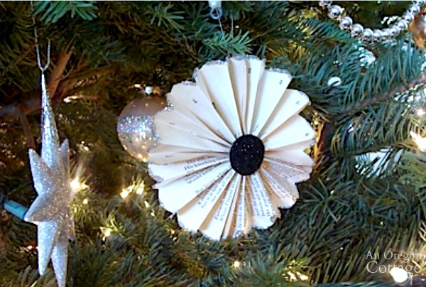 2011 Christmas Tree-book page rosette