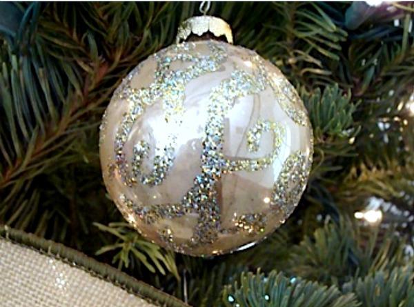 2011 Christmas Tree-glitter ball