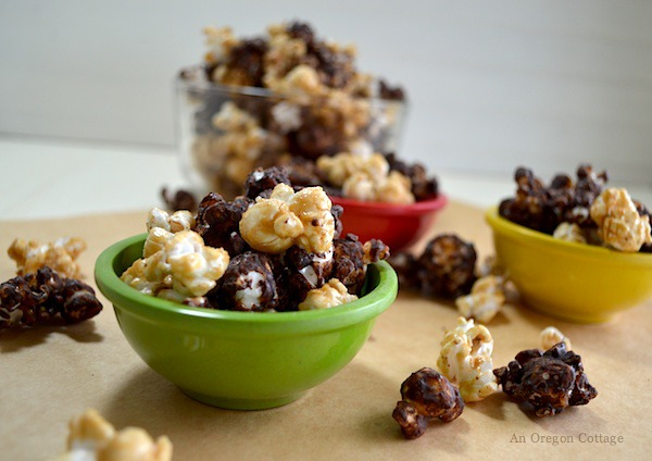 Homemade Honey Caramel Corn - Moose Munch Variation from An Oregon Cottage