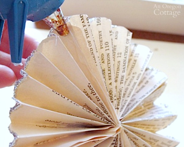 Rosette Book Page Ornament Tutorial-step8