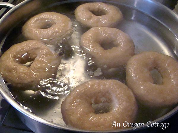 Sourdough Bagels-bagels boiling