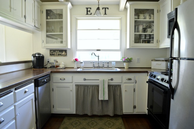 2016 Cottage Farmhouse kitchen