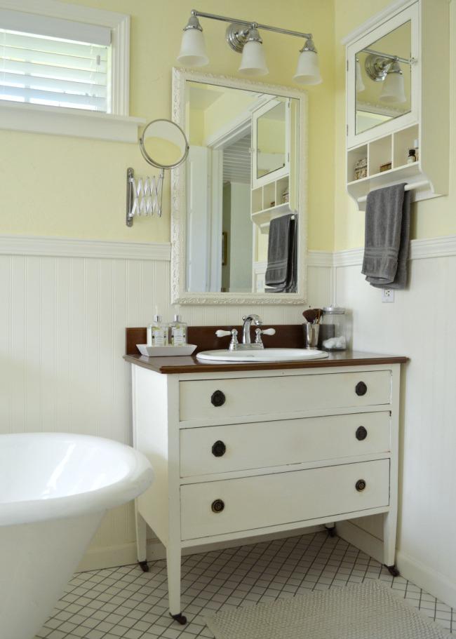 Master Bath DIY Dresser-Vanity
