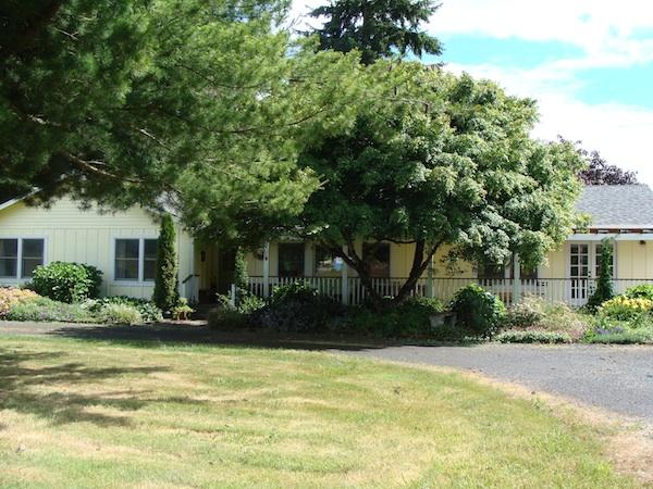 House Tour - An Oregon Cottage Outside