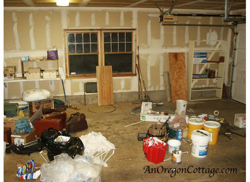 garage inside before