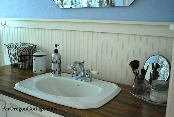 Bath counter and tray