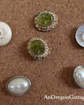 Make Vintage Jewelry Into Push Pins