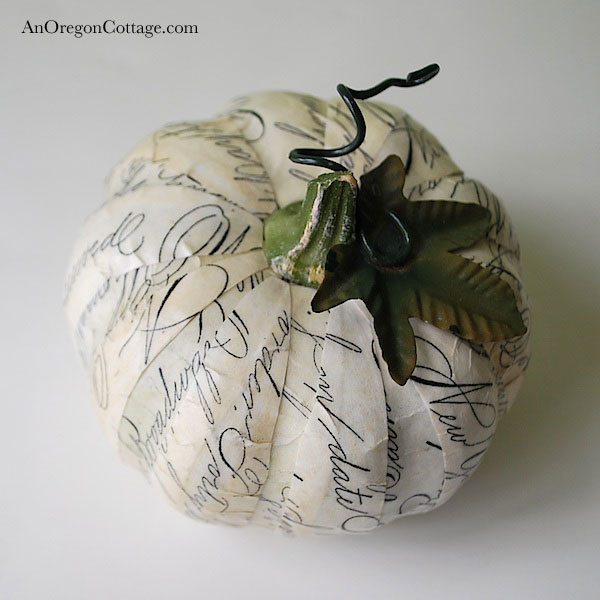 Scripted Newsprint Pumpkin (a Pottery Barn knockoff)