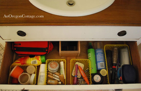vanity-drawer-before
