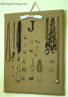 burlap-jewelry-board