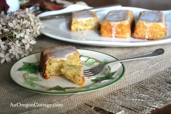 zucchini-lemon-bread-bite