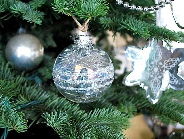 tinsel-glitter-ornament