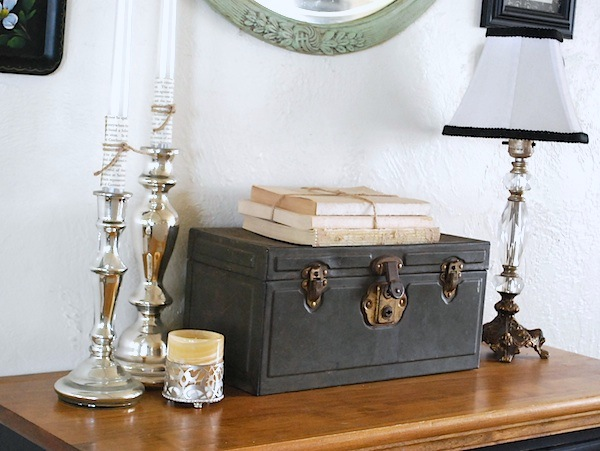 Winter Entry Table