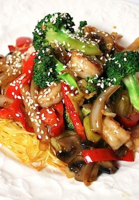 Stir-Fry on Baked Noodle Pillows