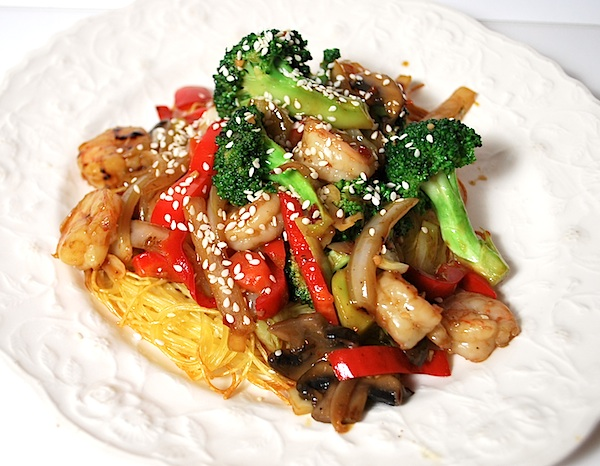 Shrimp stir fry on noodle pillows