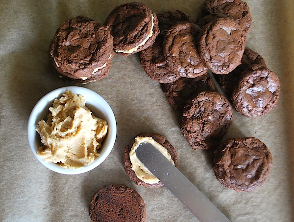 Filling pb brownie cookies