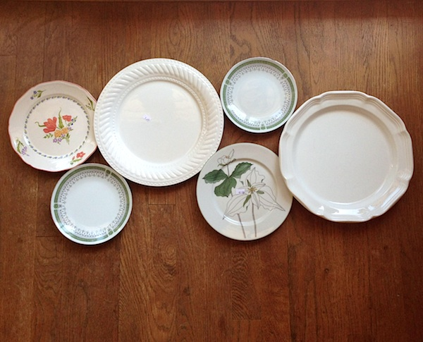 Thrift store plates for wall :: An Oregon Cottage