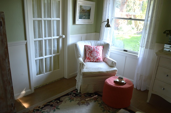 Bedroom Reading Corner :: An Oregon Cottage