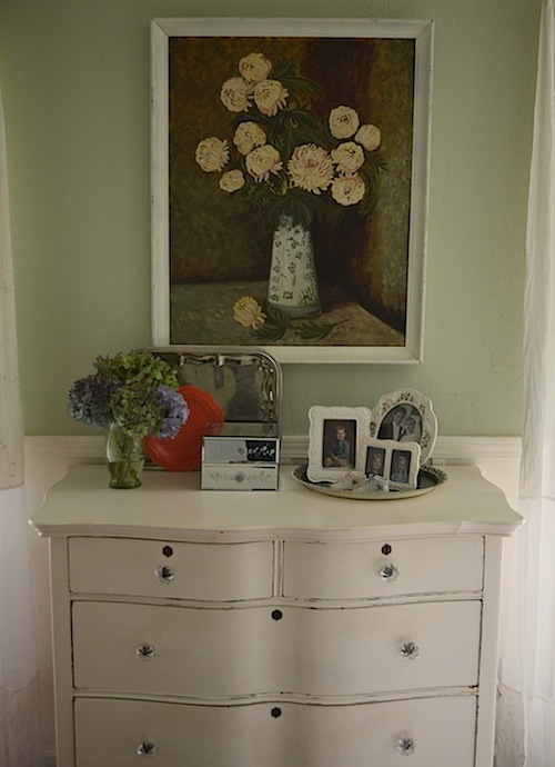An Oregon Cottage: Dresser-after
