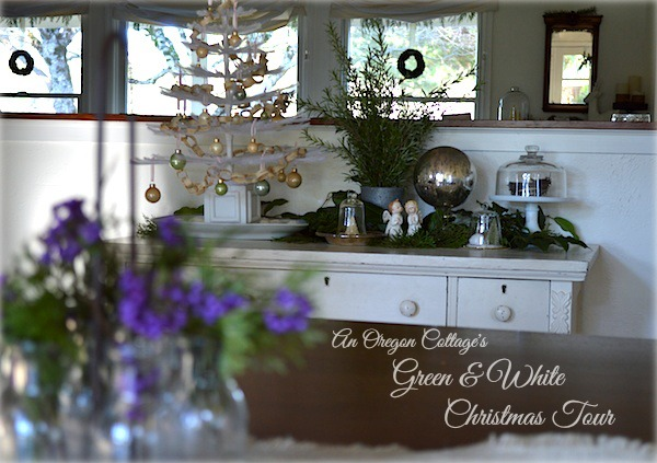 An Oregon Cottage's Green & White Christmas Tour