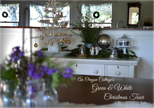 An Oregon Cottage's Green & White Christmas Tour