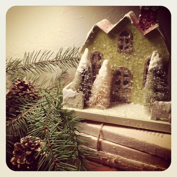 Christmas glitter house - An Oregon Cottage