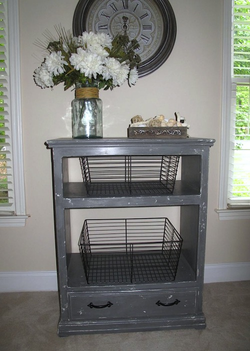 Industrial Style Thrifted Table Makeover - Pinterest