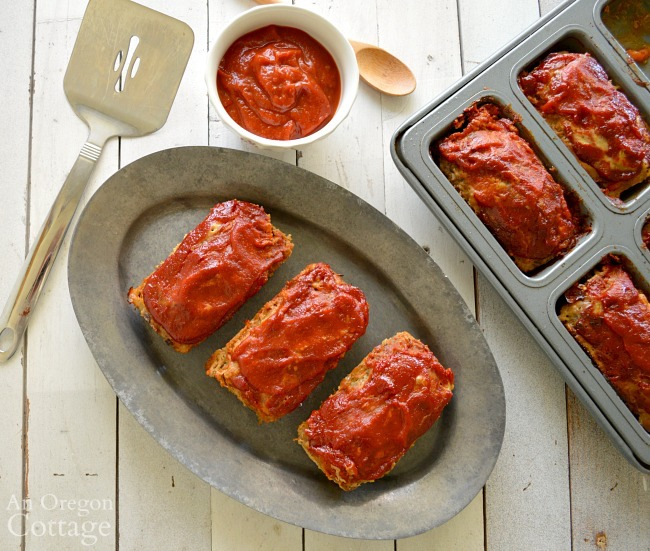 Mini Meatloaves with BBQ Sauce