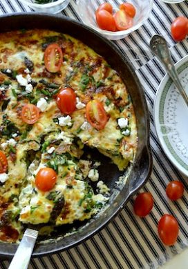 Chicken-Spinach Frittata with Feta & Tomatoes