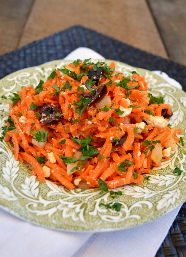 Carrot Salad with feta-olives_featured